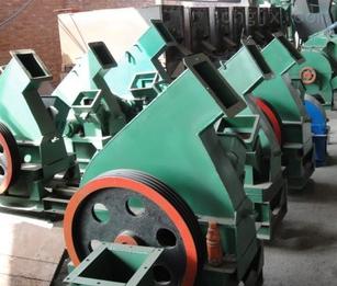 供应重庆巫山县万能粉碎机,筛选木粉机,木粉粉碎机,大品牌