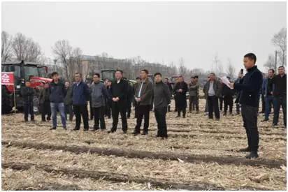 麦赛福格森大马力拖拉机北安农垦襄河农场一战成名